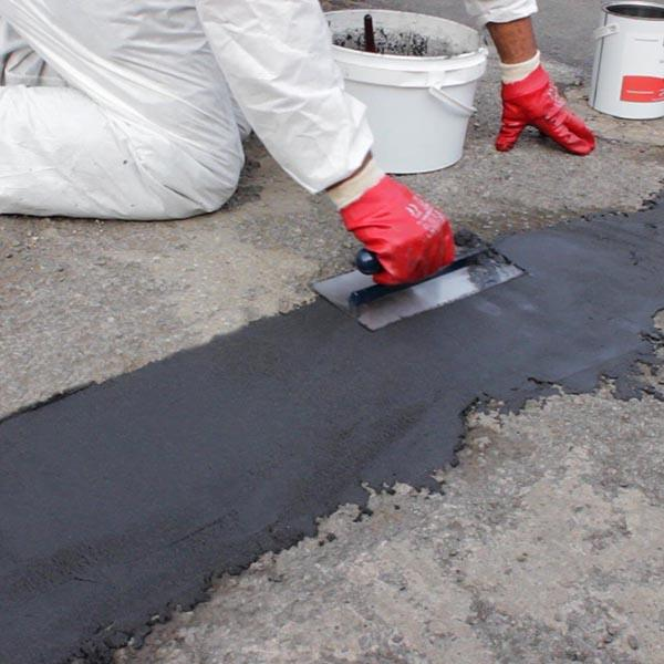 Rizistal Epoxy Asphalt Amp Tarmac Repair Mortar In Black