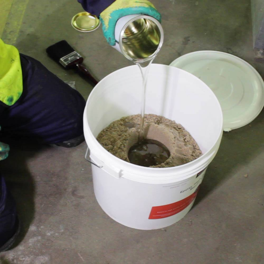 Epoxy Cement Repair : Rizistal epoxy concrete repair mortar fast cure colours