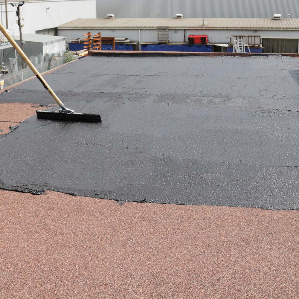 Bituminous Waterproofing Coating : Roof repair high build bitumen resin coating rizistal