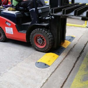 Heavy-Duty-Plastic-Speed-Bump-For-Forklifts-tn