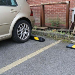 Heavy-Duty-Parking-Bumpers-tn2