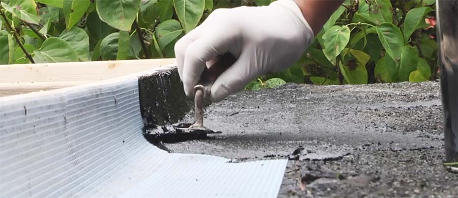 Roof-repair-mortar